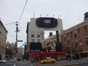 Espectacular anuncio de PSP en NYC [Blogger en La Gran Manzana]