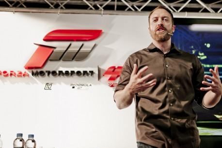 Las conferencia de Forza 4 y más ferraris