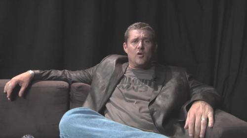 Un Glen Schofield con la curva de la felicidad nos vende la moto Call of Duty Modern Warfare 3