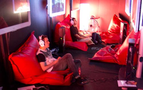 [GameFest 2011] The Darkness II nos muestra sus armas… y son feas y asquerosas