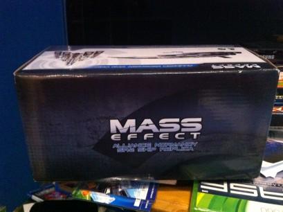 La réplica de la nave de Mass Effect 3 es awesome
