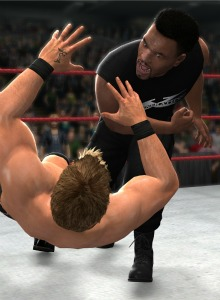 Mike Tyson morderá orejas en WWE '13