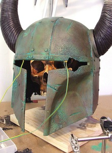 Si Boba Fett saliera en Skyrim, su casco sería este. Y es awesome.