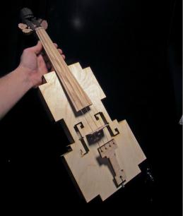 Violinista, tú también puedes tener un instrumento geek