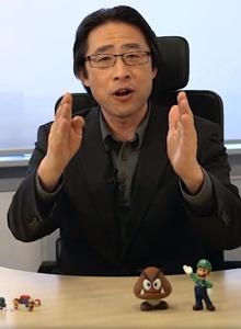 Satoru Iwata y Shigeru Miyamoto se hacen recortes a si mismos