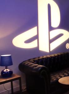 Presentación de PS4 en Francia