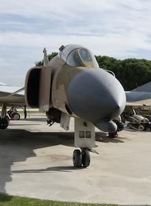 Wargaming potencia el Museo de Aeronáutica y Astronáutica