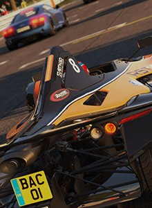 Project CARS corre en Oulton Park
