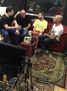 AKB Live: Invitamos a Fukuy a divertirse