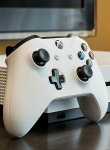Xbox One S saldrá finalmente en agosto