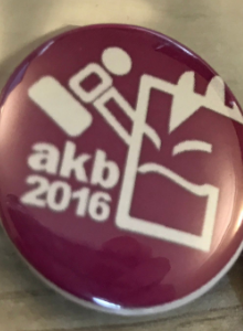 ¡Chapas para los/las mecenas del Patreon de AKB!